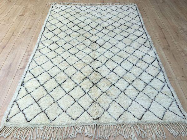 Moroccan rug-moroccan Berber Rug-Beni Ourain-tribal rug-designer rug-Moroccan Berber Rug-Beni Mrirt
