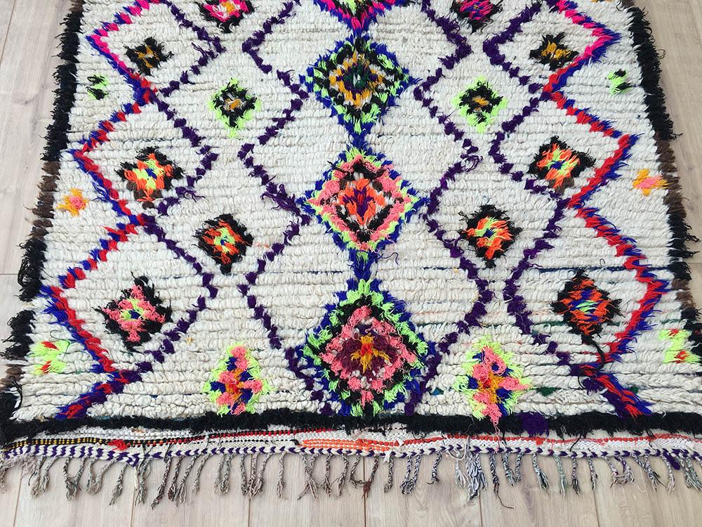 east unique vintage moroccan rug tapis berbere ourika 180 127 cm a 058. Black Bedroom Furniture Sets. Home Design Ideas