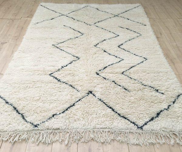 moroccan-rug-berber-rug-beni-ourain-tribal-rug-east-unique-designer-rug-064-01 copy