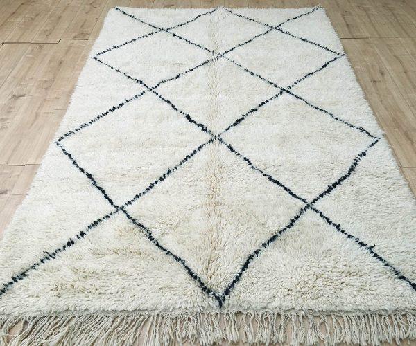 moroccan-rug-berber-rug-beni-ourain-tribal-rug-east-unique-designer-rug-068-01