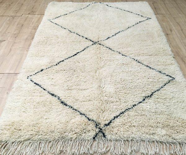 moroccan-rug-berber-rug-beni-ourain-tribal-rug-east-unique-designer-rug-069-01