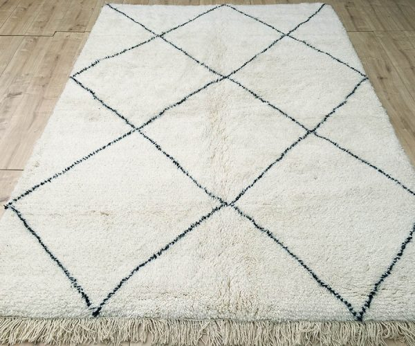moroccan-rug-berber-rug-beni-ourain-tribal-rug-east-unique-designer-rug-070-01
