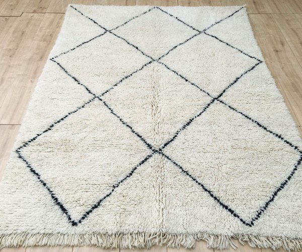 moroccan-rug-berber-rug-beni-ourain-tribal-rug-east-unique-designer-rug-072-01