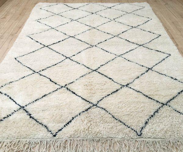 moroccan-rug-berber-rug-beni-ourain-tribal-rug-mrirt-east-unique-designer-rug-081-01
