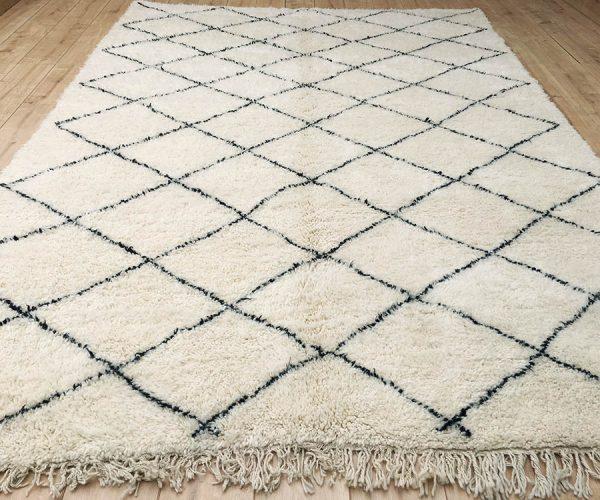 moroccan-rug-berber-rug-beni-ourain-tribal-rug-mrirt-east-unique-designer-rug-082-01