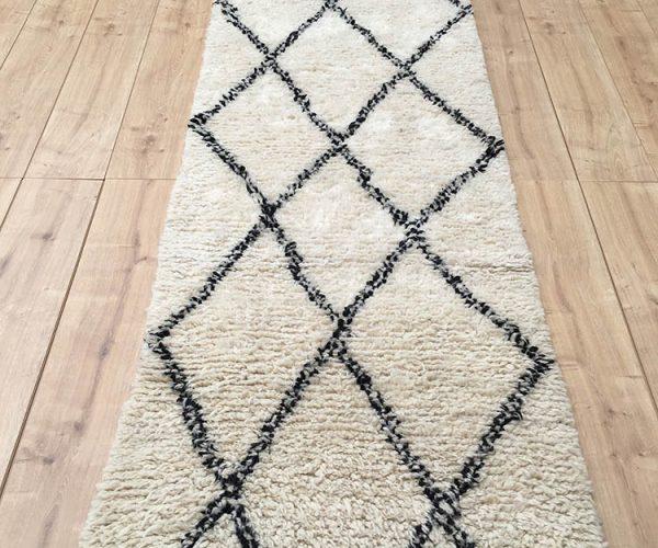 moroccan-rug-berber-runner-rug-beni-ourain-tribal-rug-east-unique-designer-rug-076-01