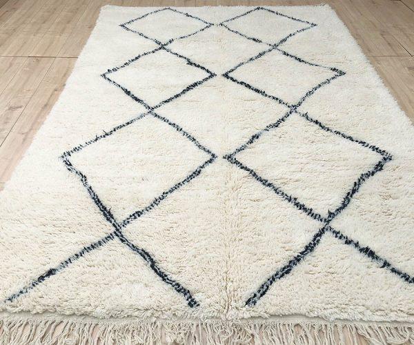moroccan-rug-berber-rug-beni-ourain-tribal-rug-east-unique-designer-rug-110-001