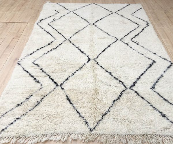 moroccan-rug-berber-rug-beni-ourain-tribal-rug-east-unique-designer-rug-114-001