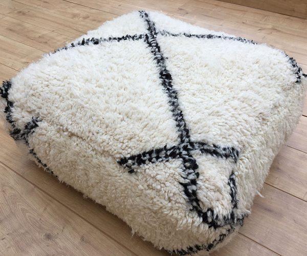moroccan-rug-berber-rug-big-beni-ourain-pouffe-east-unique-02-002