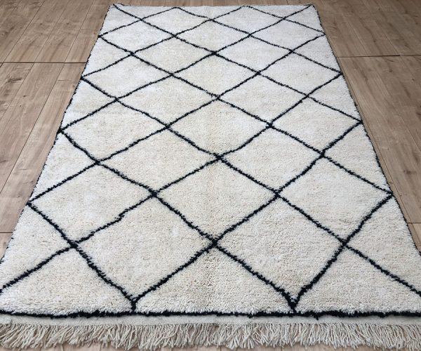 moroccan-rug-berber-rug-beni-ourain-tribal-rug-east-unique-designer-rug-124-001