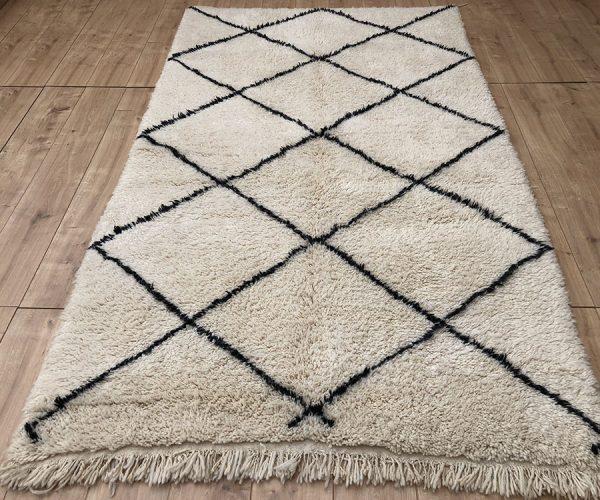 moroccan-rug-berber-rug-beni-ourain-tribal-rug-east-unique-designer-rug-125-001